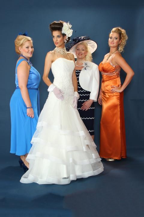 Meseszép esküvői ruhák 2ad2f70dd6
