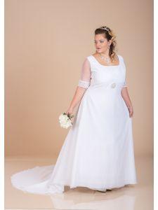 Molett menyasszonyi ruhák 03d30b0466