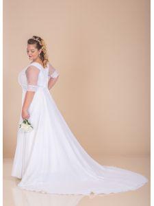 cd844a518a Molett menyasszonyi ruhák, plus size esküvői ruhák - Divatos és ...